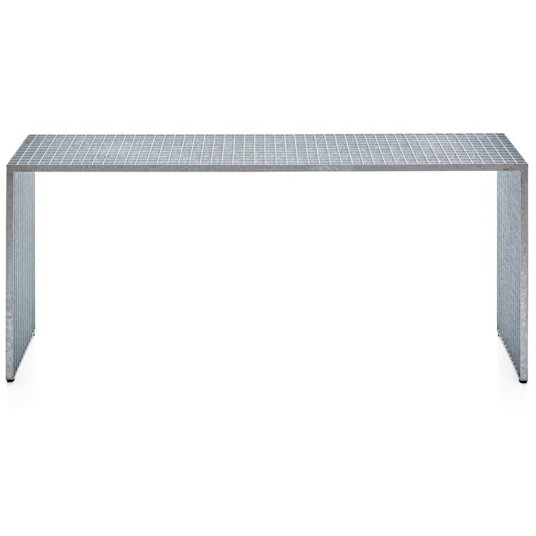 Tisch Skwer, Groß